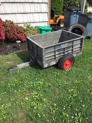 Rubbermaid lawn tractor trailer. for Sale in Sanatoga, PA