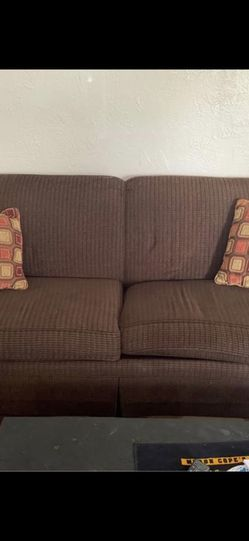 Brown couch with wear for Sale in Pittsburgh,  PA