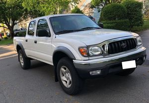 No Rust 2003 TOYOTA TACOMA 4X4 for Sale in Detroit, MI