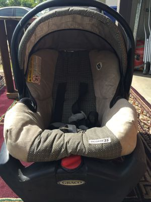 Grace infant car seat for Sale in Clovis, CA