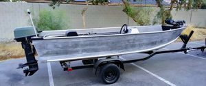 1988 smokercraft 17' aluminum boat deep V 25hp outboard for Sale in Las Vegas, NV