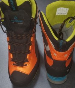 SCARPA Charmoz HD mountain Hiking Boots for Sale in Duvall,  WA