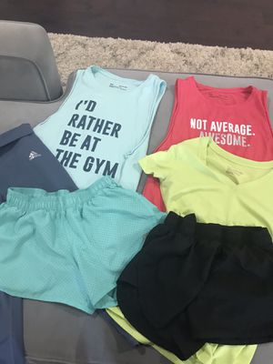 Women's workout apparel XS/S for Sale in Sun City, TX