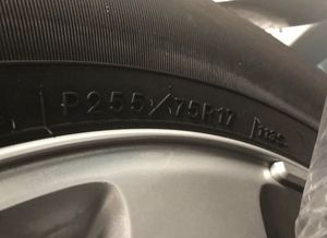 Tires R255/75/R17 for Sale in Davenport, FL