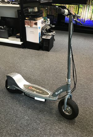 Razor electric scooter for Sale in Port St. Lucie, FL