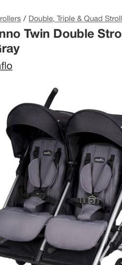 Double stroller – evenflo for Sale in Salisbury,  MD