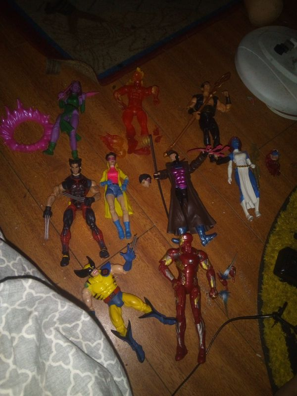 MARVEL LEGENDS COMPLETE AND INCOMPLETE PRICES VARY