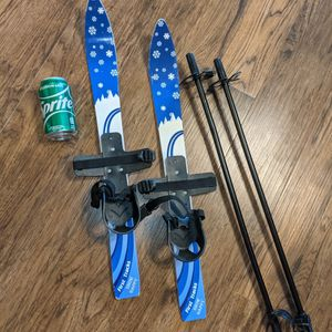 Kids Cross Country Skis for Sale in Maple Grove, MN