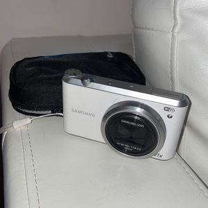Samsung Digital Camera Touch Screen for Sale in Boca Raton, FL
