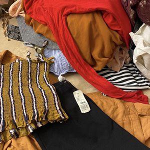 Women's Clothes Bundle Size SMALL for Sale in San Bernardino, CA