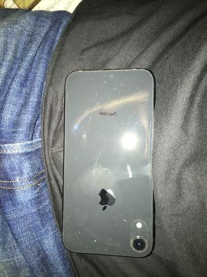 iPhone XR unlocked for Sale in Newark, OH