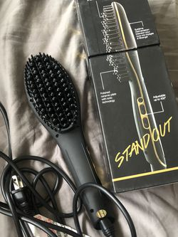 Aria Straightening Hair Brush for Sale in Burlington,  MA