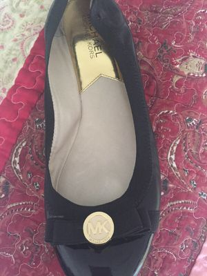 Michael Kors Like New Ballet Flats 9-9.5 for Sale in Los Angeles, CA