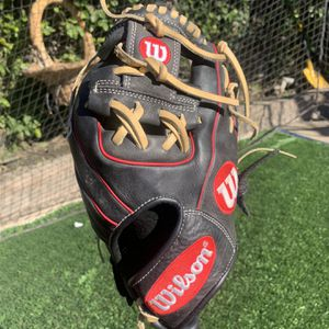 "Wilson A1000 11.25"" Baseball Glove for Sale in South Gate, CA"
