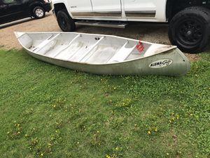 16' Alumacraft vintage aluminum canoe for Sale in Edwards, IL