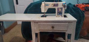 Vintage Morse Fotomatic III sewing machine for Sale in Okeechobee, FL