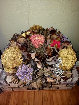 Gorgeous X-Large Custom Made Dried Flower Arrangement for Sale in Anaheim, CA