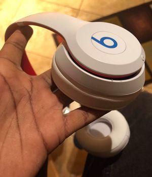Wireless beats Solo 3's for Sale in Brooklyn Park, MN