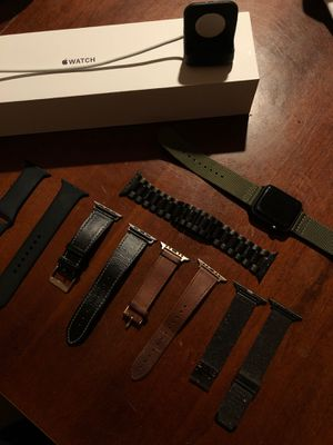 Apple Watch Series 3 42 mm GPS Multiple bands and charging stand included for Sale in Whittier, CA