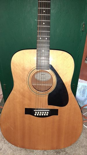Guitar Yamaha 12 string for Sale in Lacey, WA