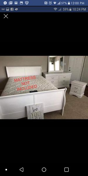 Brand New 4pc. White Queen Bedroom Set for Sale in Austin, TX