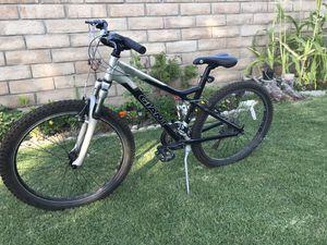 Giant Med Size Mountain Bike for Sale in Santa Susana, CA