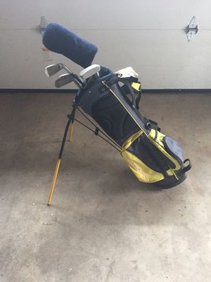 Lefty jr golf clubs for Sale in Southington, CT