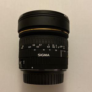 Sigma 8mm f/3.5 EX DG Circular Fisheye Lens for Canon EF for Sale in Hialeah, FL