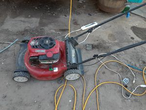 Craftsman 6.75 horsepower 163cc lawn mower for Sale in Brentwood, CA