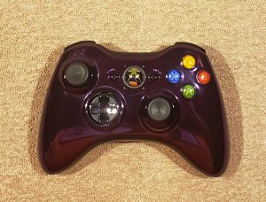 SWEET XBOX 360 PURPLE CHROME WIRELESS CONTROLLER FOR THE XBOX 360 for Sale in Tucson, AZ