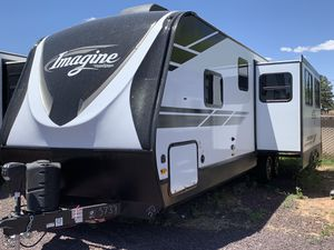 New 2019 Grand Design Imagine 3000QB Travel Trailer for Sale in Lakeside, AZ