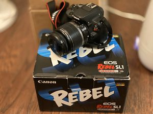 Canon EOS Rebel SL1 black for Sale in Fuquay-Varina, NC