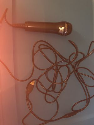 Wii guitar hero microphone for Sale in Maynard, MA