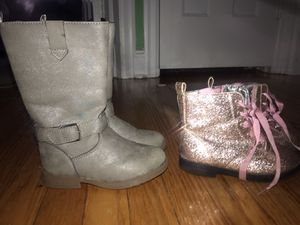Girl size 3 clothed boot size 9 $30 all together for Sale in Philadelphia, PA