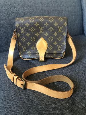 Authentic Louis Vuitton crossbody bag for Sale in Belmont, CA