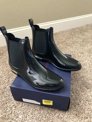 Brand new. Never worn. Rain boots. Size 9. for Sale in Wake Forest, NC