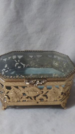Collectable Vintage Glass Box for Sale in Glendale, AZ