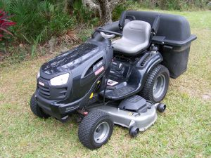 Craftsman Garden Series Tractor for Sale in Bartow, FL