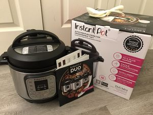 Instant pot duo mini 7 in 1 multiuse programmable pressure cooker 3 quart for Sale in Irving, TX