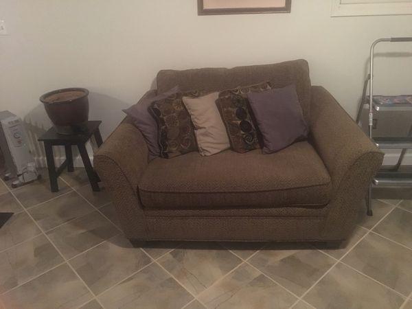 Ultimate comfortable love seat