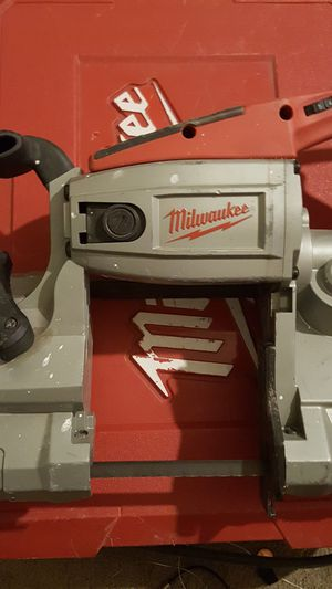 Milwaukee 6230 heavy duty deep cut band saw for Sale in Columbus, OH