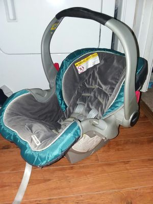 Infant Car Seat for Sale in Pearl, MS