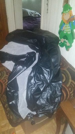 "queen 10"" air mattress for Sale in Boston, MA"