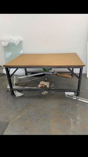 Cutting tables for sale/ mesas para cortar en venta for Sale in Los Angeles, CA