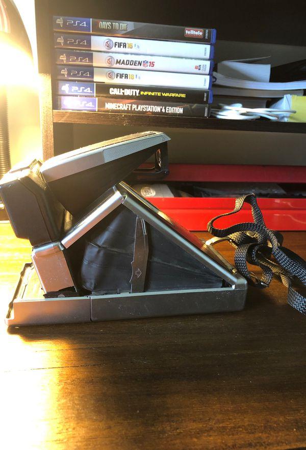 ICONIC Polaroid SX-70 Land Camera