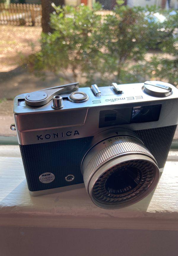 Konica EE Matic S rangefinder 35mm film camera