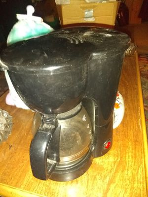 4 Cup Coffee Maker for Sale in Knoxville, TN