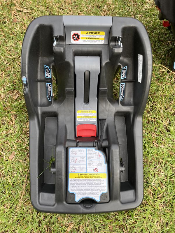 Graco infant car seat With Jogger Stroller and Car Base