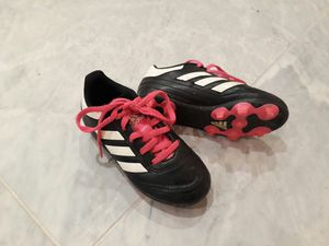 Girls Size 10 Adidas Soccer Cleats for Sale in Rancho Cucamonga, CA