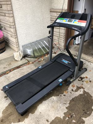 PRO FORM XP680 CROSSTRAINER original price $800 missing one arm pick up only Hilliard area for Sale in Hilliard, OH